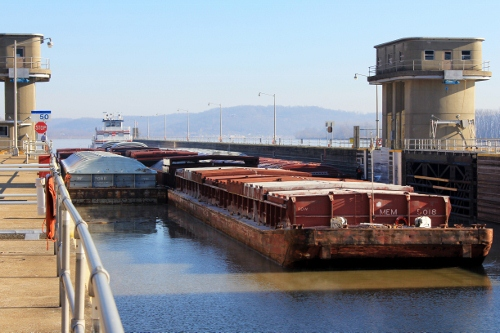 A tow moves through Cannelton Locks and Dam